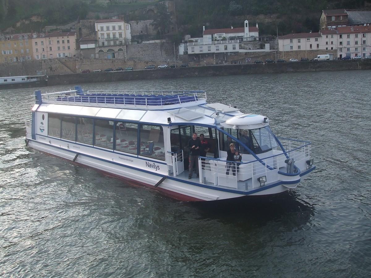Chantier Naval Franco Suisse Hyperdrobus 2 ponts Lyon