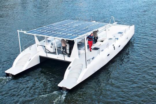 Un catamaran hauturier 100 % électrique