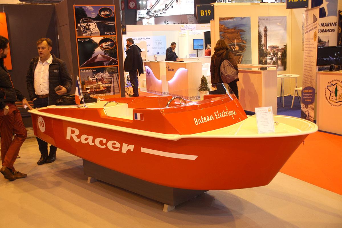 Saviboat présente le Racer au Salon Nautic