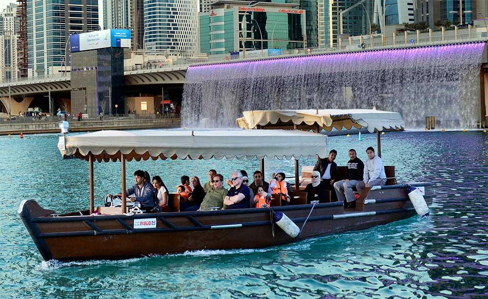 Des bateaux taxis électriques à Dubaï