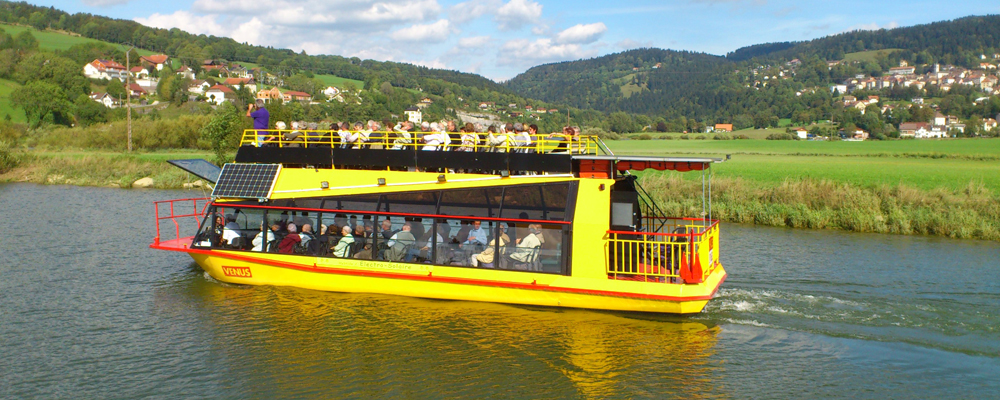 Vénus : le bateau hybride des Vedettes Panoramiques du Saut du Doubs à l'honneur sur France Bleu