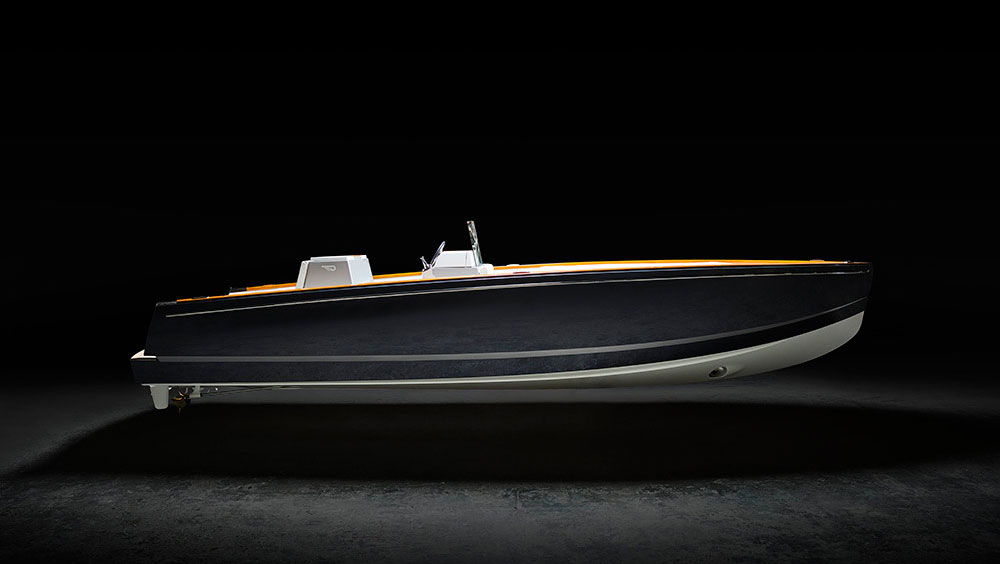 Hinckley présente la Tesla du bateau électrique
