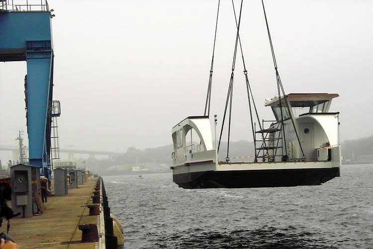 Luxembourg : le futur ferry électro-solaire de la Moselle mis à l'eau
