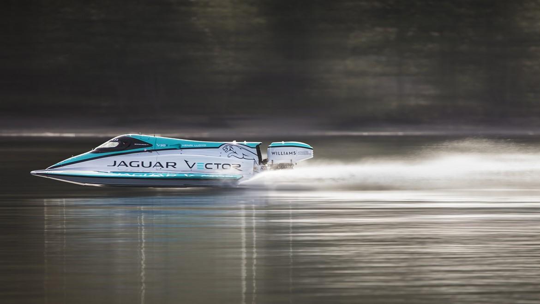 Bateau électrique : le Jaguar Vector Racing V20E bat le record du monde de vitesse