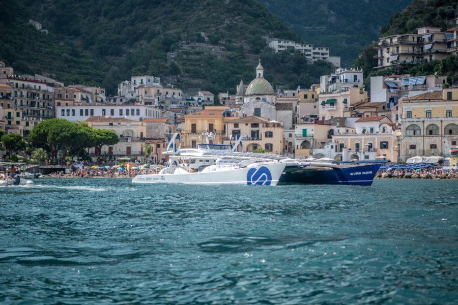 Energy Observer : le catamaran à hydrogène boucle son tour d'Italie