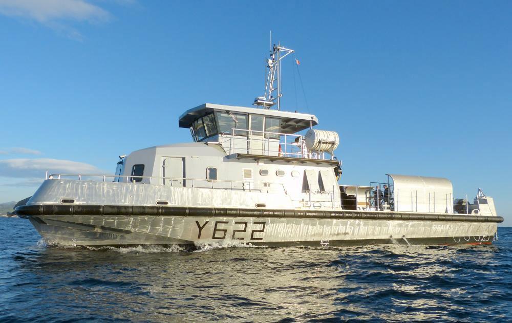 Criquet : un second chaland hybride Alternatives Energies pour la Marine Nationale