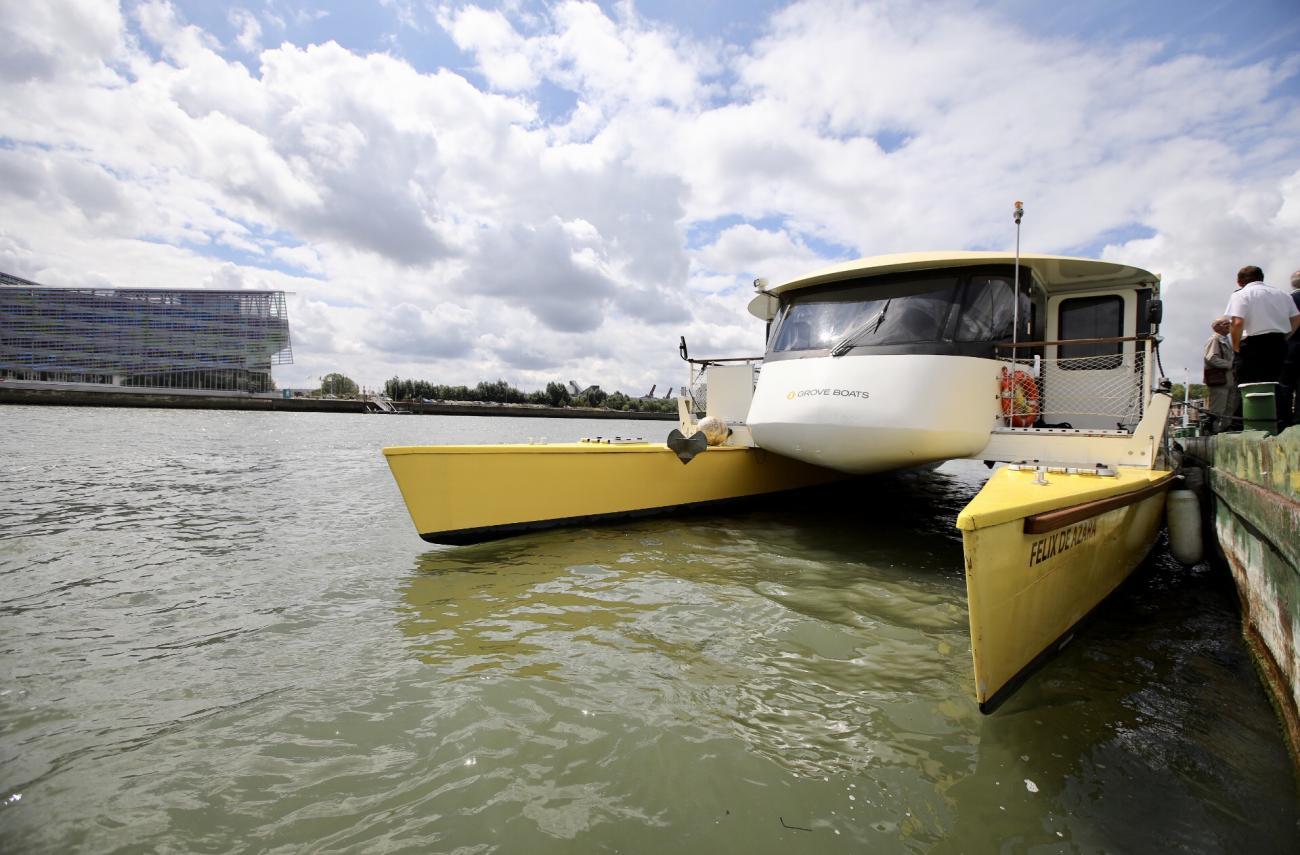 A Rouen, la navette fluviale électrique entre en service