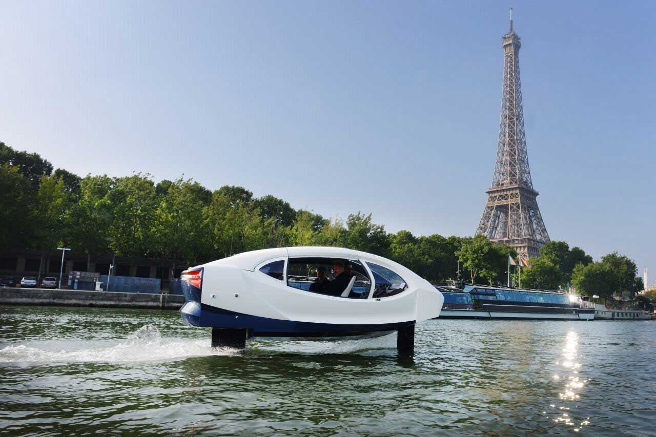 SeaBubbles : le taxi-volant électrique en test sur la Seine