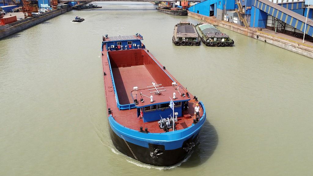 Chine : un cargo électrique de 1000 tonnes testé sur le fleuve Yangtsé