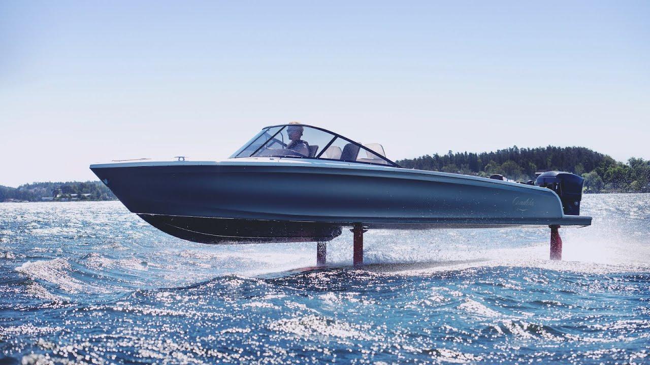 Candela 7 : le bateau électrique à foils en images