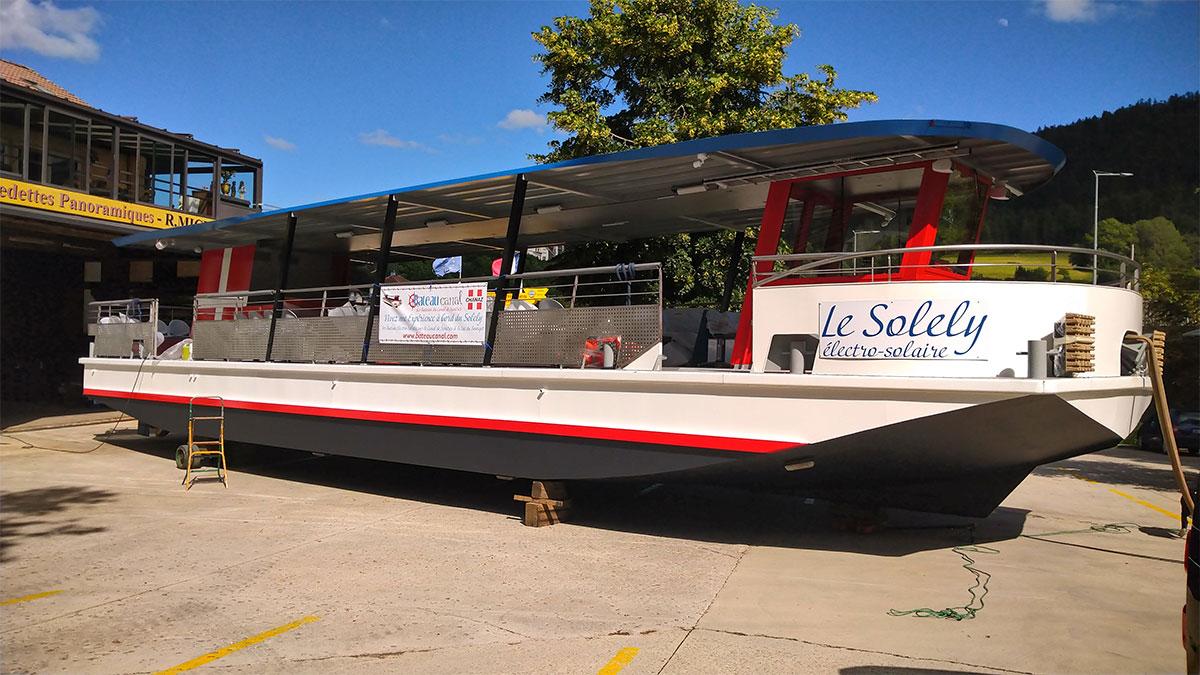 Le Chantier Naval Franco Suisse livre deux nouveaux bateaux électro-solaires