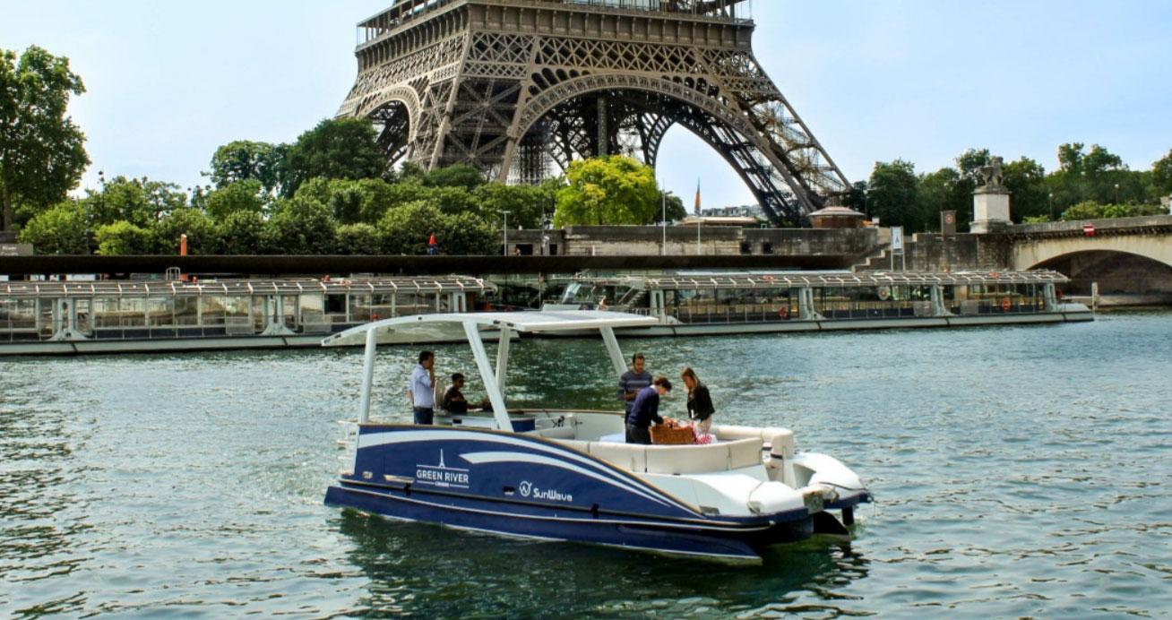 Equipé d'un système Bellmarine-Transfluid, le SunWave S4 débarque sur la Seine