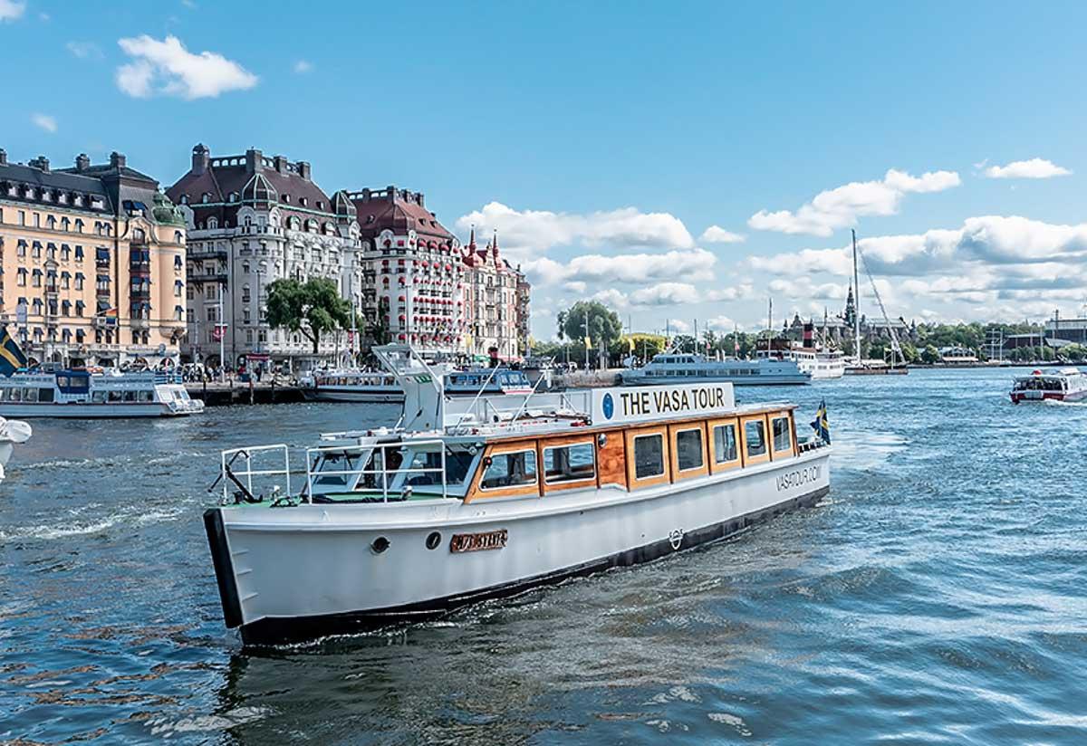 Suède : ce bateau électrique est alimenté par des batteries Tesla