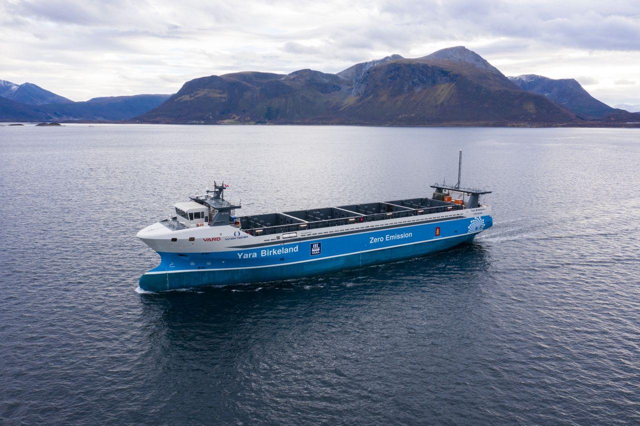 La Norvège lance le bateau-cargo électrique autonome au monde